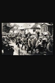 [Wejście I Brygady do Kowla 6 września 1915 r.]